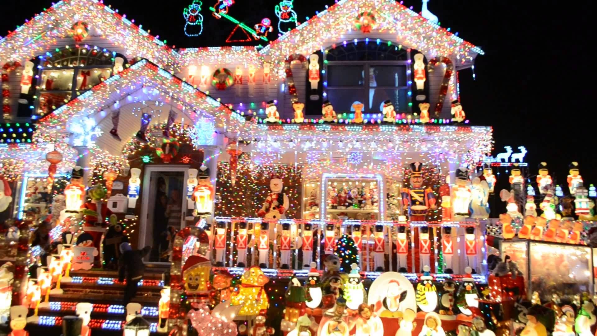 My FAVE Great Christmas Light Fight Winner – 911 Fireman in NY ...